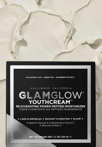 GLAMGLOW - YOUTHCREAM REJUVENATING POWER PEPTIDE MOISTURIZER - Face cream - - - 1