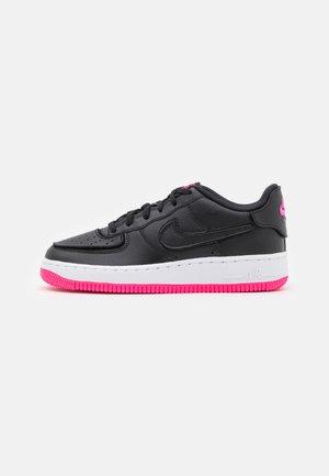 AF1/1 BG UNISEX - Sneakersy niskie - black/hyper pink