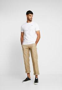 Hollister Co. - CREW CHAIN 3 PACK - T-shirt basic - white - 0