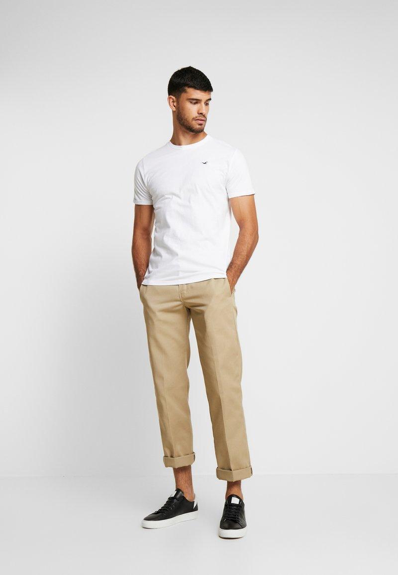 Hollister Co. - CREW CHAIN 3 PACK - T-shirt basic - white