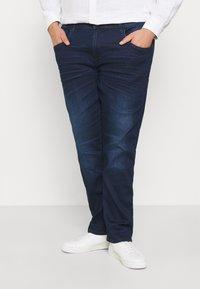 Blend - TWISTER FIT - Straight leg jeans - denim dark blue - 0