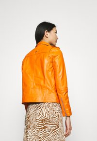 Deadwood - RIVER - Leather jacket - persimmon - 2