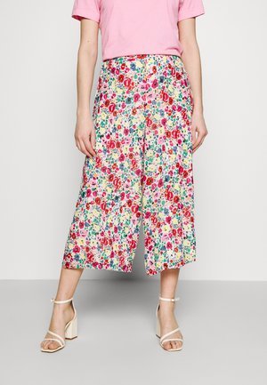 VIMEDOW WIDE CULOTTE - Trousers - cloud dancer