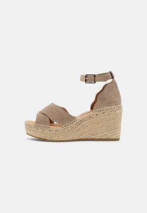 CAPRI - Platform sandals - platon/grau