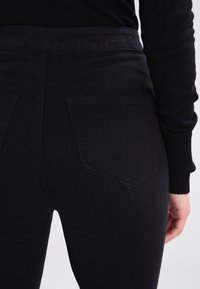 Noisy May - NMELLA SUPER  - Jeans Skinny - black - 4