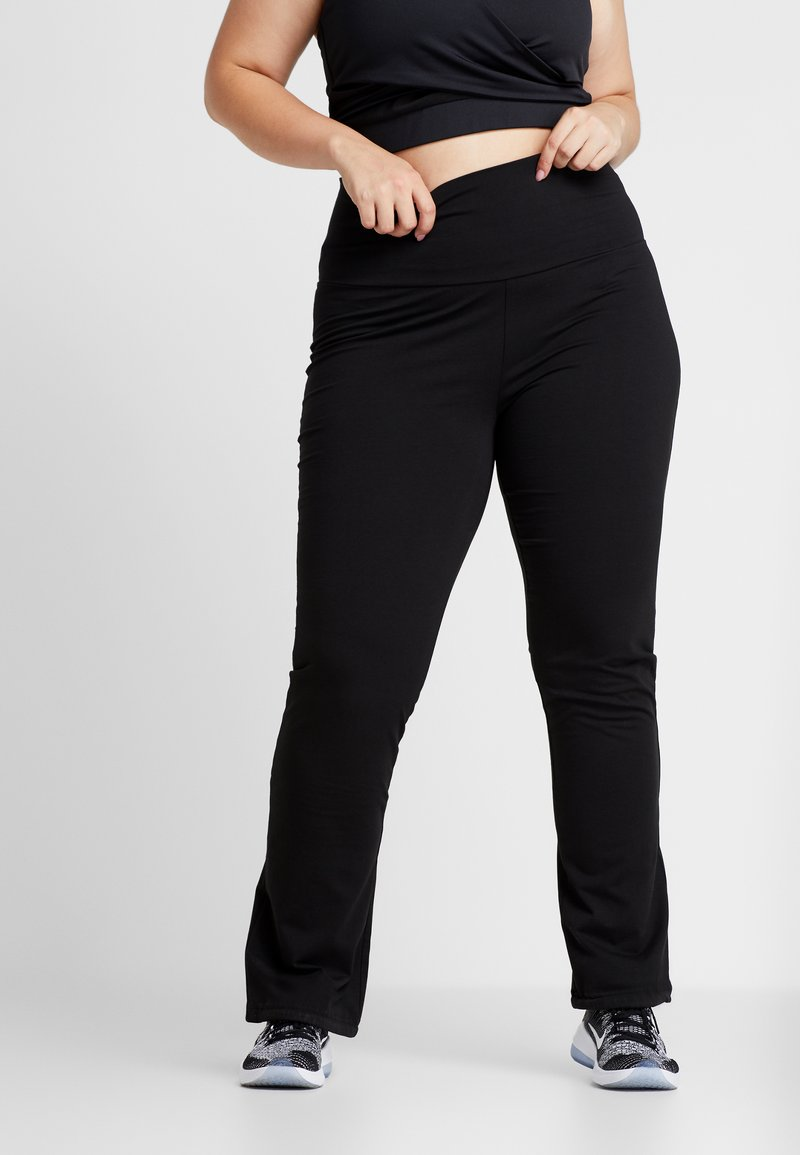 ONLY Play - ONPFOLD JAZZ PANTS CURVY - Tracksuit bottoms - black