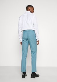 Isaac Dewhirst - PLAIN SUIT SET - Suit - turquoise - 5
