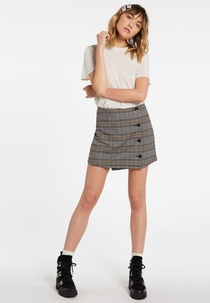 Wrap skirt - vintage_gold