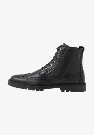 SLHRICHARD BROGUE BOOT - Lace-up ankle boots - black