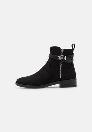 ONLTHIA LIFE ZIPBOOT  - Støvletter - black