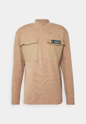 HIGH NECK LONG SLEEVES - Jersey de punto - beig