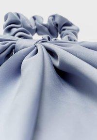 Stradivarius - Akcesoria do stylizacji włosów - blue - 4