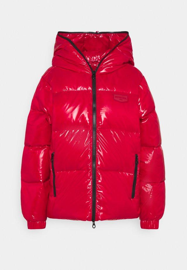 BELLATRIXTRE - Down jacket - rosso giullare