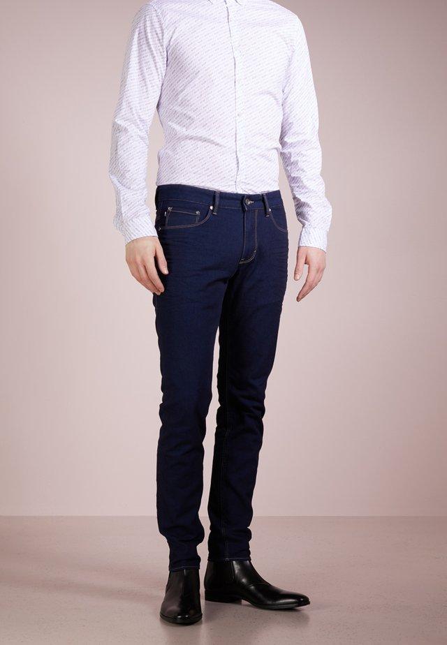 STEPHEN - Jeans slim fit - dunkelblau