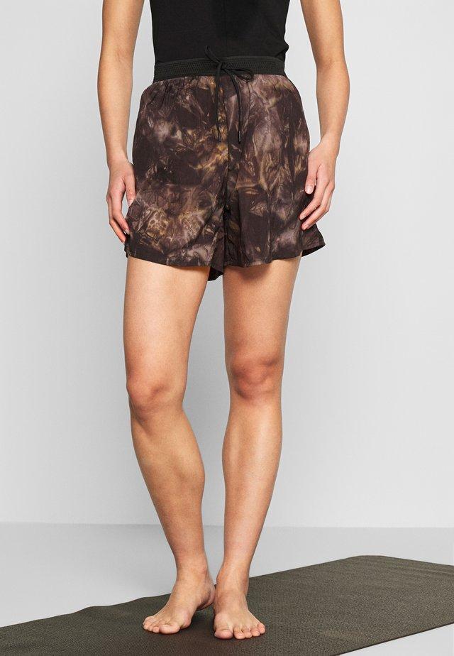 TIEDYE TRACK SHORTS - Sports shorts - multicolor
