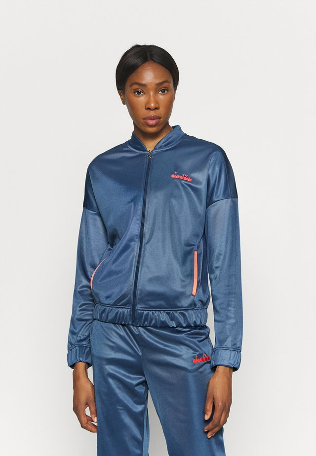CHROMIA - Tracksuit - ensign blue