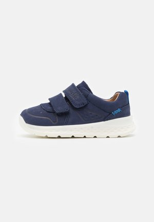 BREEZE - Trainers - blau