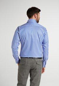 Eterna - MODERN - Formal shirt - hellblau/weiß - 1