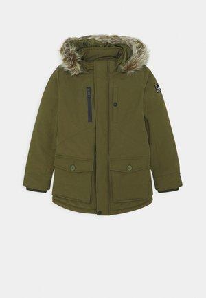 TAHA - Winter coat - ultra army