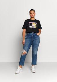 Even&Odd Curvy - T-Shirt print - black/white/beige - 1