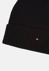 Tommy Hilfiger - PIMA COTTON BEANIE - Lue - black - 2