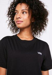 Vans - BOXY - T-shirts - black - 5