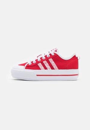NIZZA PLATFORM  - Trainers - scarlet/footwear white/core black