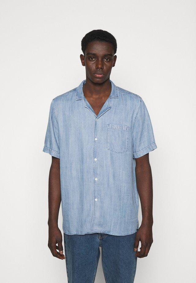 KIRBY POCKET - Overhemd - wash three