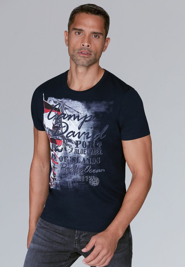 MIT MARITIMEN PHOTOPRINT - Print T-shirt - blue navy