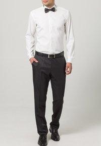 Wilvorst - Suit trousers - black - 1
