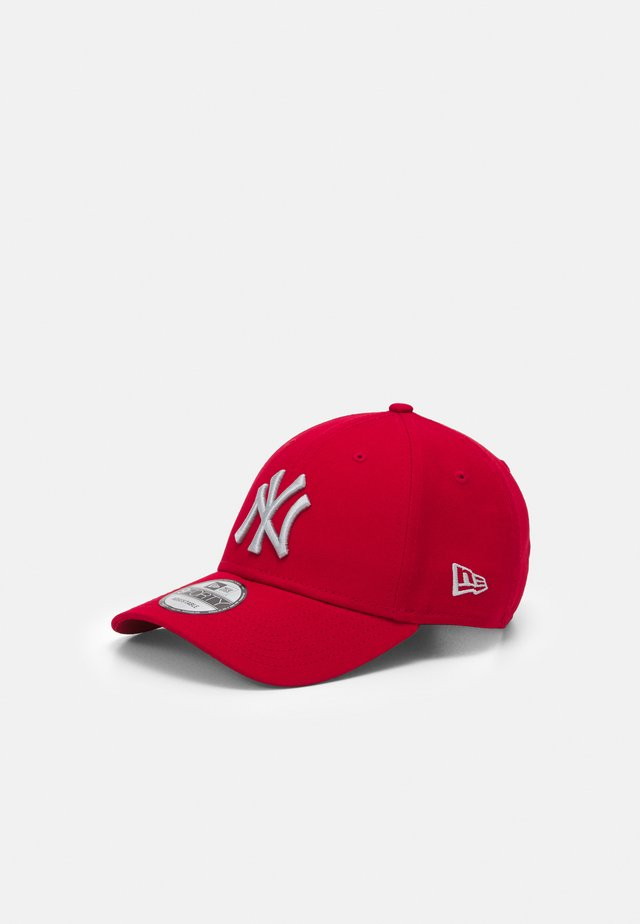 LEAGUE ESSENTIAL 9FORTY UNISEX - Kšiltovka - red/white
