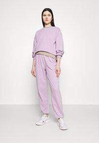 Vero Moda - VMCARMEN - Sweatshirt - lavendula melange - 1