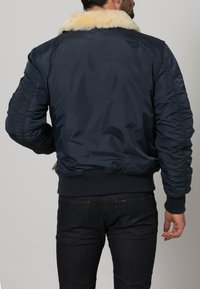 Alpha Industries - INJECTOR III - Bomberjacks - rep. blue - 3