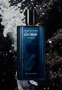 DAVIDOFF Fragrances - COOL WATER MAN INTENSE EAU DE PARFUM - Perfumy - - - 4