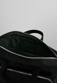 Calvin Klein - PRIMARY GUSSET LAPTOP BAG - Aktovka - black - 4