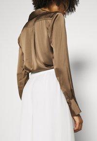 IVY & OAK BRIDAL - Spodnie materiałowe - snow white - 4