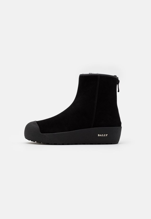 GUARD II - Bottines - black
