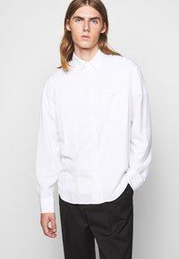 Filippa K - ZACHARY - Shirt - white - 3