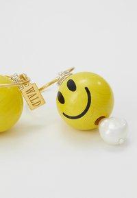 WALD - SMILIE DUDE EARRING 3 PACK - Earrings - yellow - 4