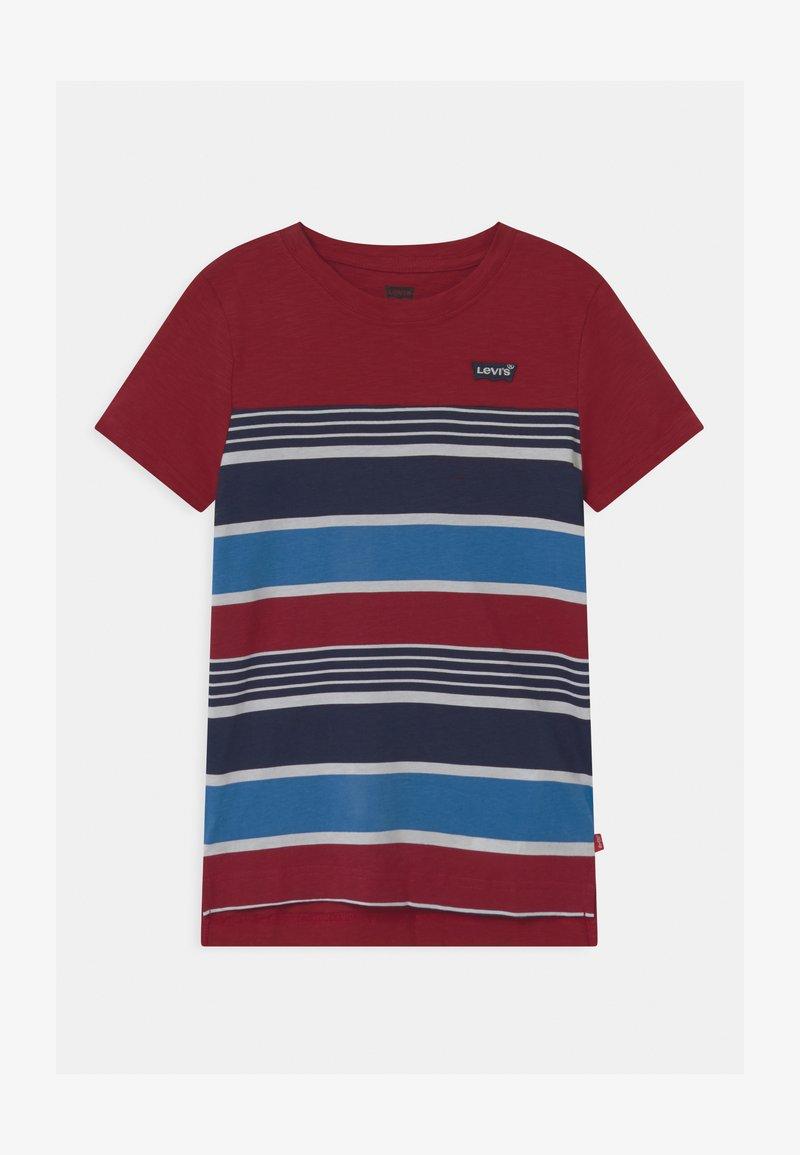Levi's® - HIGH LOW HEM UNISEX - T-shirt print - biking red