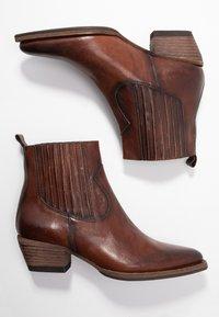 Billi Bi - Cowboy/biker ankle boot - old iron cognac - 3