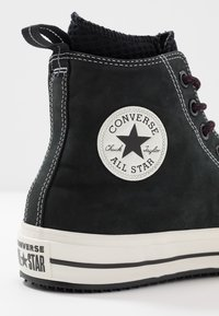 Converse - CHUCK TAYLOR ALL STAR WP - Korkeavartiset tennarit - black/egret - 5