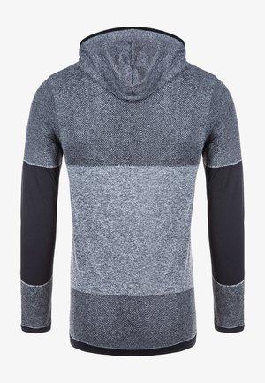 Long sleeved top - 1001 black
