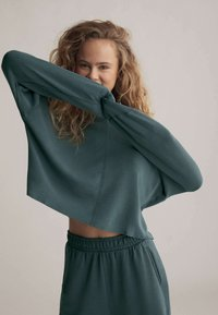 OYSHO - Sweatshirt - green - 0