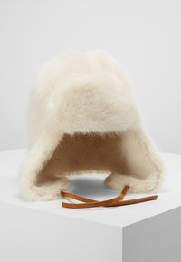 Barts - LUCERNE BOMBER - Bonnet - white - 0
