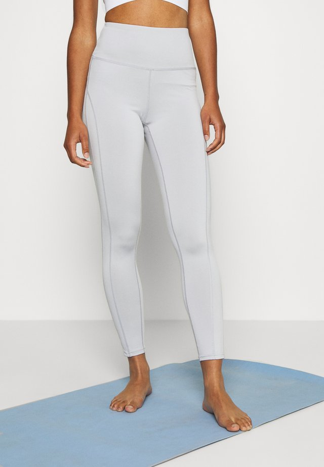 YOGA LEGGING - Leggings - lunar grey