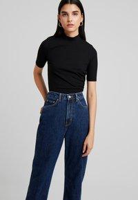 Weekday - ROWE WIN - Straight leg jeans - win blue - 3