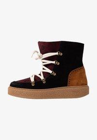 Victoria Shoes - UTOPÍA APRESKI VALENTIN - Kotníkové boty na platformě -  black - 1