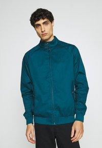 Ben Sherman - SIGNATURE HARRINGTON - Summer jacket - sea - 0