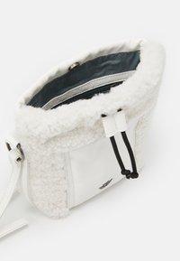 Fritzi aus Preußen - PONI - Across body bag - white - 2